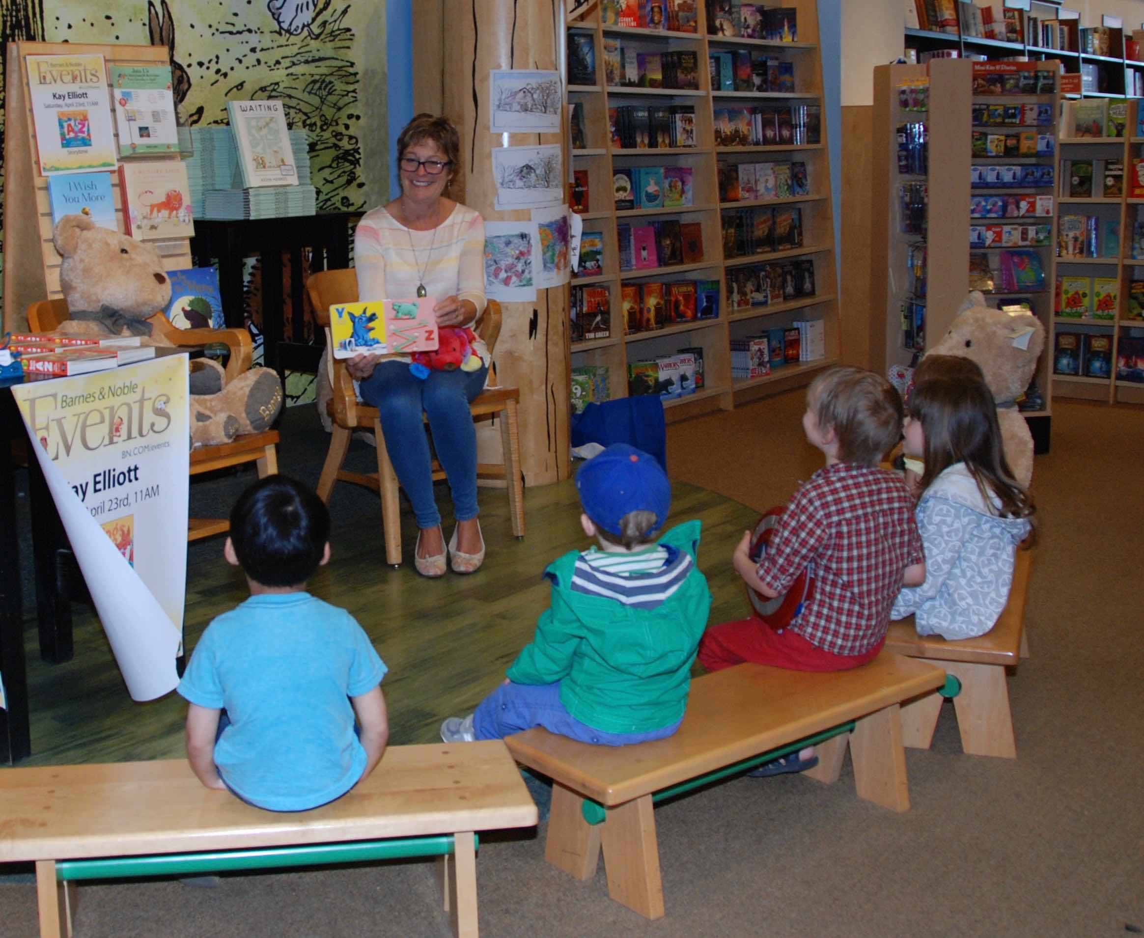 Author Of Children S Abc Book Leads Storytime At Barnes Noble In